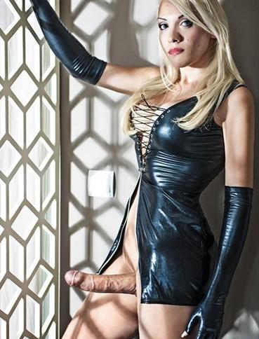 Blonde Shemale Isabella 85