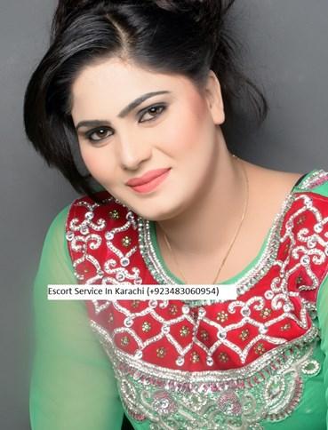 Muskan Karachi Girl