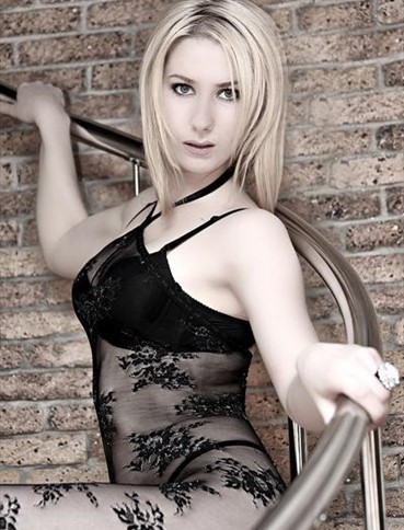 striptease tallinn independent escort helsinki