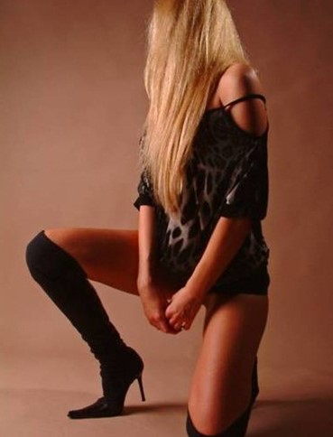 escorts in edinburgh